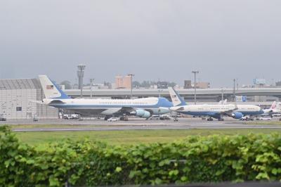 伊丹空港に到着したエアフォースワン